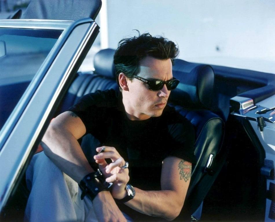El actor Johnny Depp con su reloj Vostok Komandirskie